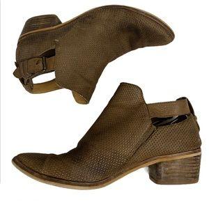 Dolce Vita Kara Bootie Shoes size 8